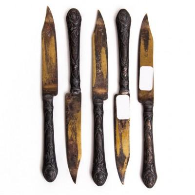 Zestaw 5 secesyjnych nożyków deserowych do owoców, koniec XIX w.