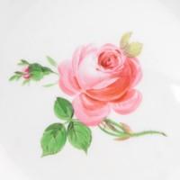Talerz porcelanowy z różą, sygnowany, Miśnia