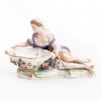 Solniczka - Dziewczyna z misą, figurka porcelanowa z naczyniem, sygnowana, MIŚNIA