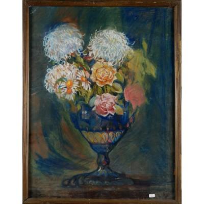 Bukiet kwiatów w kryształowym wazonie, autor nieznany. Pastel suchy na papierze. Niesygnowany. I poł. XX wieku.
