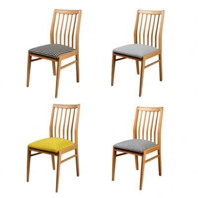 Krzesła projektowane. Lata 60. Polska. Drewno jesion.