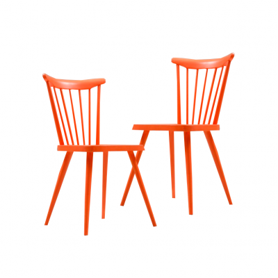Krzesła w stylu skandynawskim, według projektu Børge Mogemsena. Drewno, lakier w kolorze pomarańczowym.  Lata 60/70. XX w.