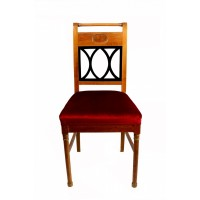 Krzesło w stylu eklektycznym z jasnego mahoniu i drewna politurowanego na czarno. Tapicerowane aksamitem w kolorze bordowym. Polska, Pocz. XX w.