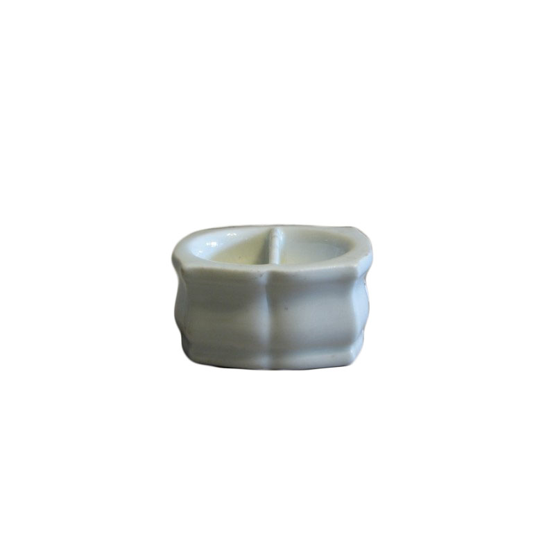 Porcelanowy przyprawnik