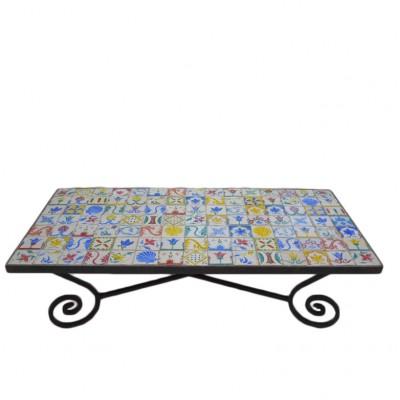 """Stół tarasowy z ceramicznymi ręcznie malowanymi płytkami, tzw. """"Azulejos"""" – 105 szt. Hiszpania. XX w."""